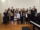 17 pianistów w muzycznej sali (2)